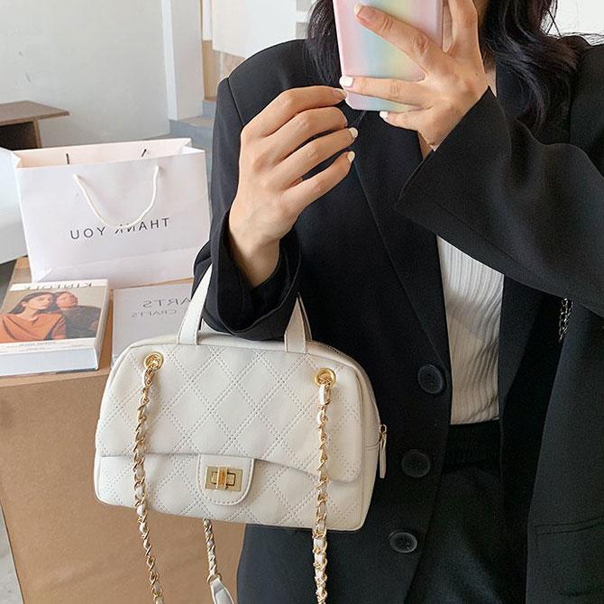 Lone Chain Diamond Fashion Lock Shoulder Bag