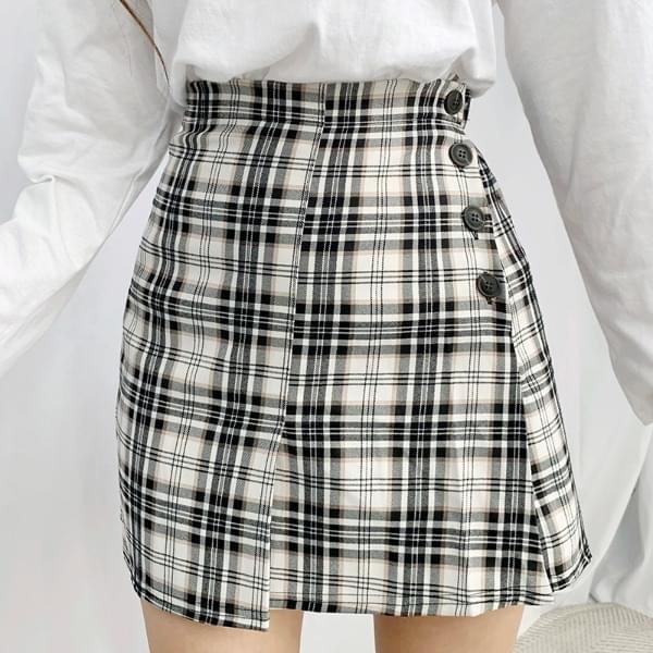 Lauren button check skirt