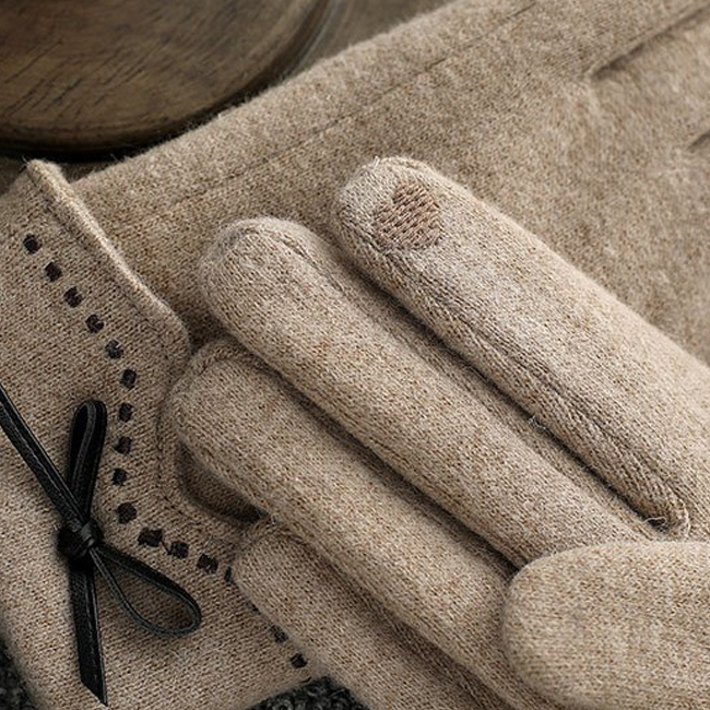 Queens Cashmere Wool Knitwear Gloves