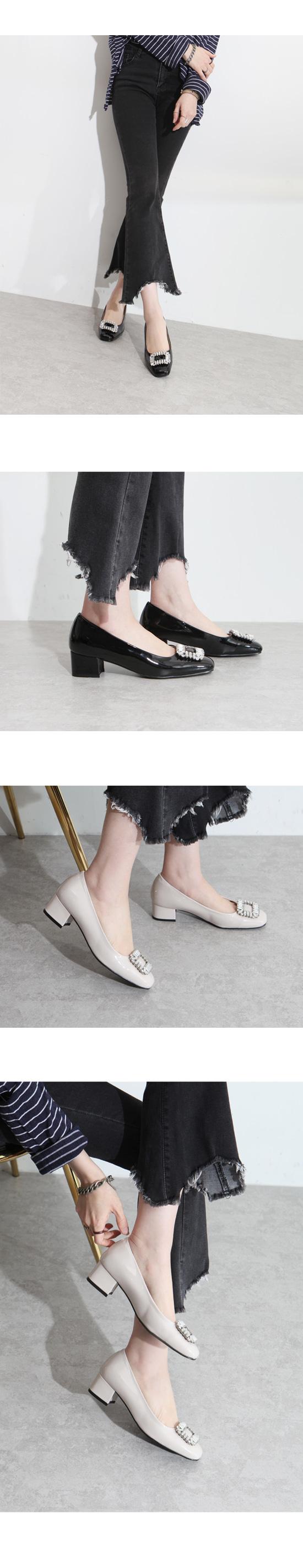 Cubic Luxury Enamel Middle Heel 4cm Black