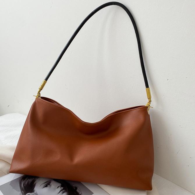 Theo Modern Classic Simple Shoulder Bag