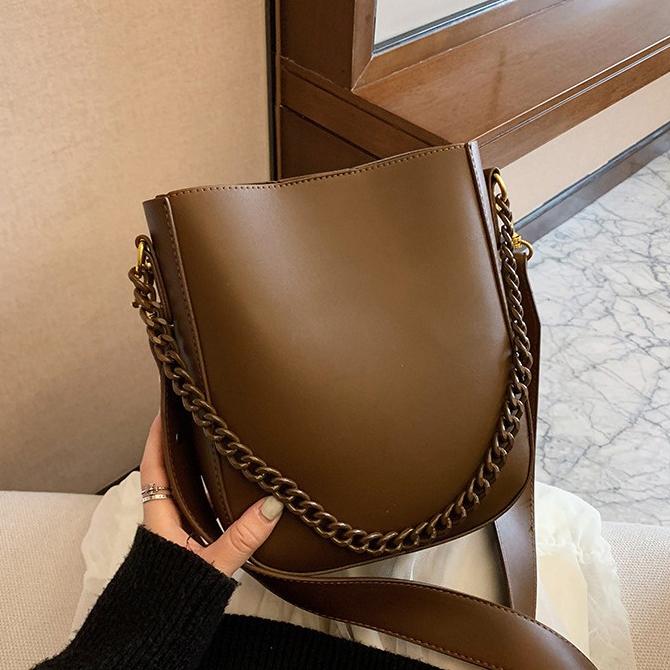 Classic Bowl Daily Bucket Shoulder Bag