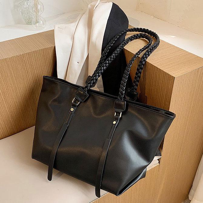 Ranier twist-line leather big shoulder bag