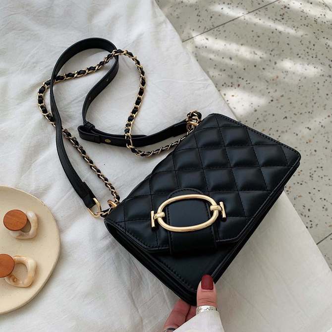 Round buckle-embellished pattern chain cross-body bag