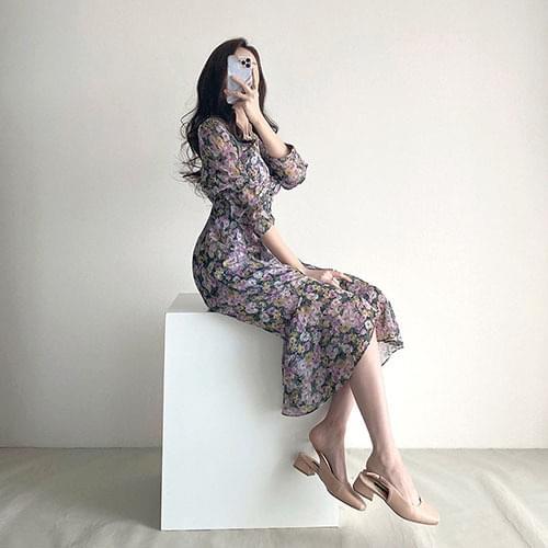 V-Neck lace shirring long flower Dress