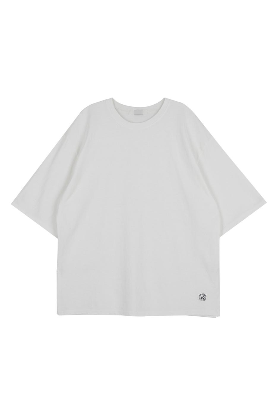Edin over short sleeve T-shirt