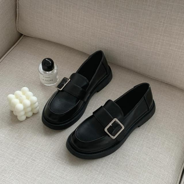 Picnic Buckle Strap Loafers2.5cm