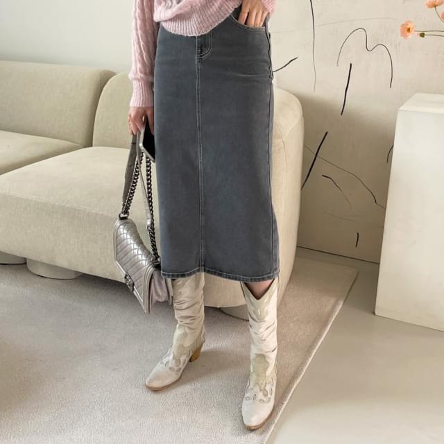 Cookie stitch denim skirt