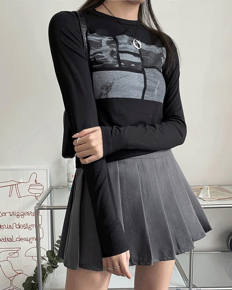 Tig printing long-sleeved T-shirt
