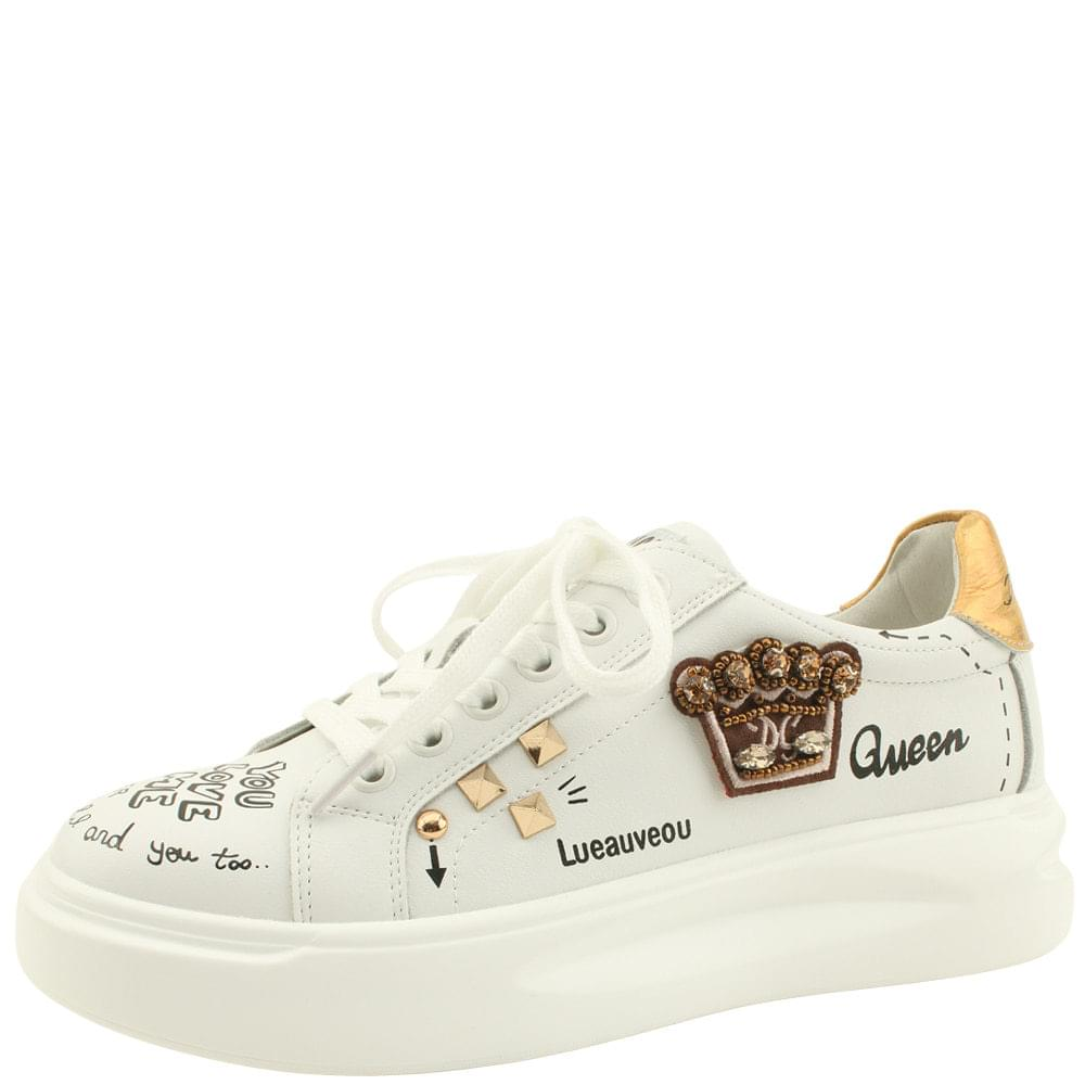 Cowhide Cubic Beads Crown Sneakers White