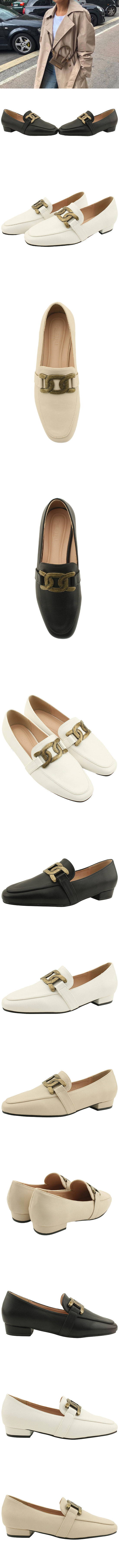 Copper chain classic low heel loafers white