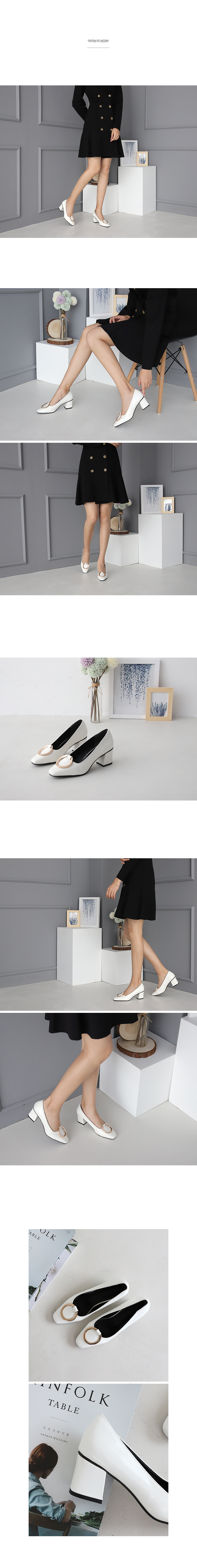 Isshu O-ring embellished square nose middle heel pump 2461