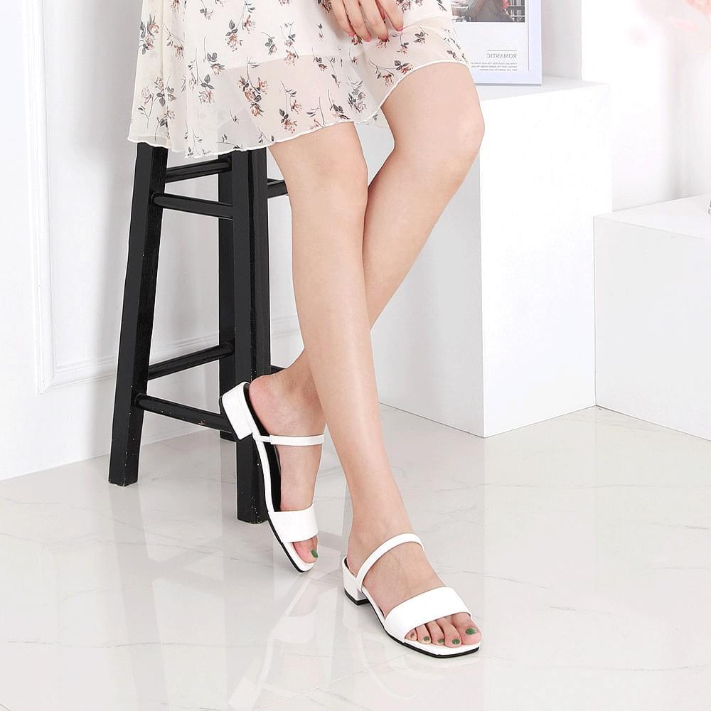 Isshu enamel low heel simple upperbanding strap mules slippers 7019 ♡ first edition ♡