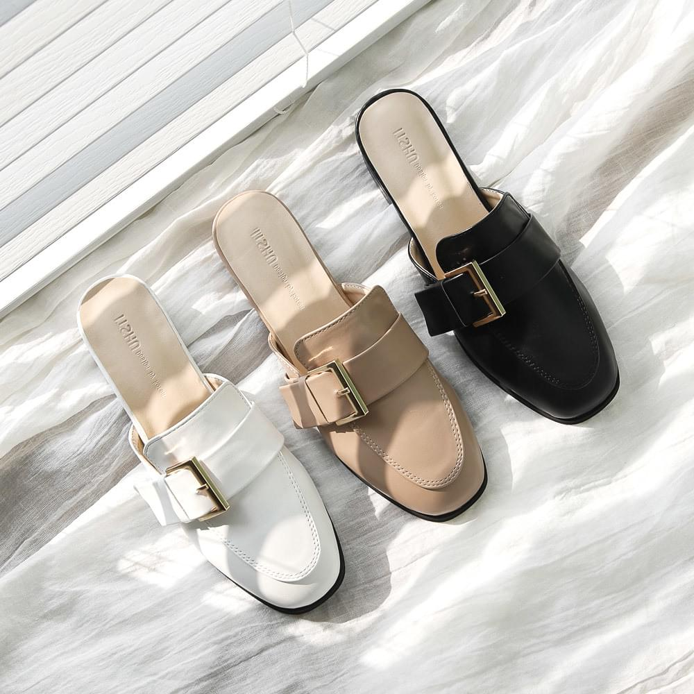 Isshu Simple Buckle Strap Mule Blower 7028 ♡ First Edition ♡