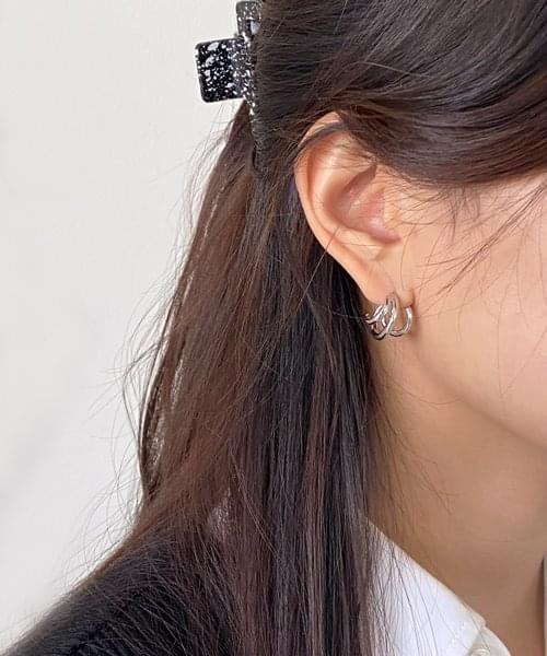 twirl earring 耳环