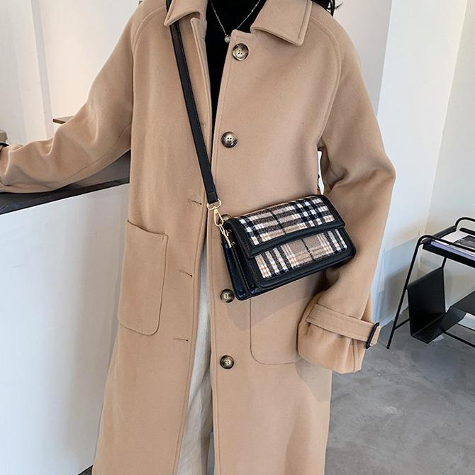 Modern Check Tangle Cross Shoulder Bag