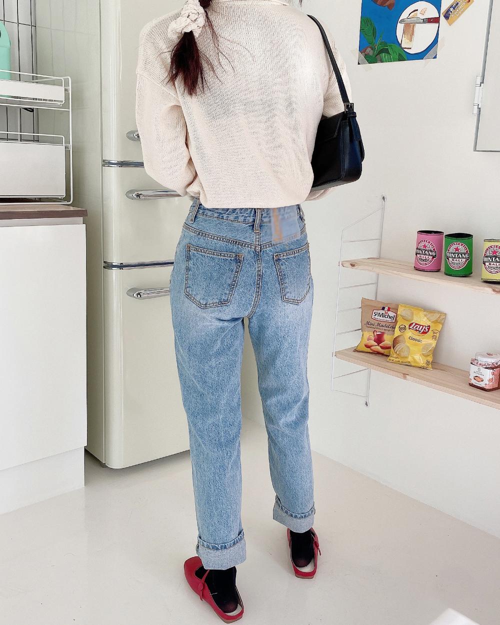 Kara Berry Twisted Knitwear
