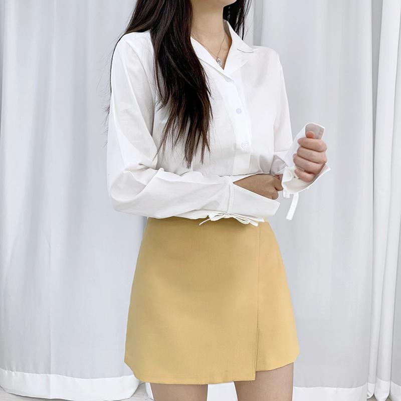 Split sleeve ribbon blouse