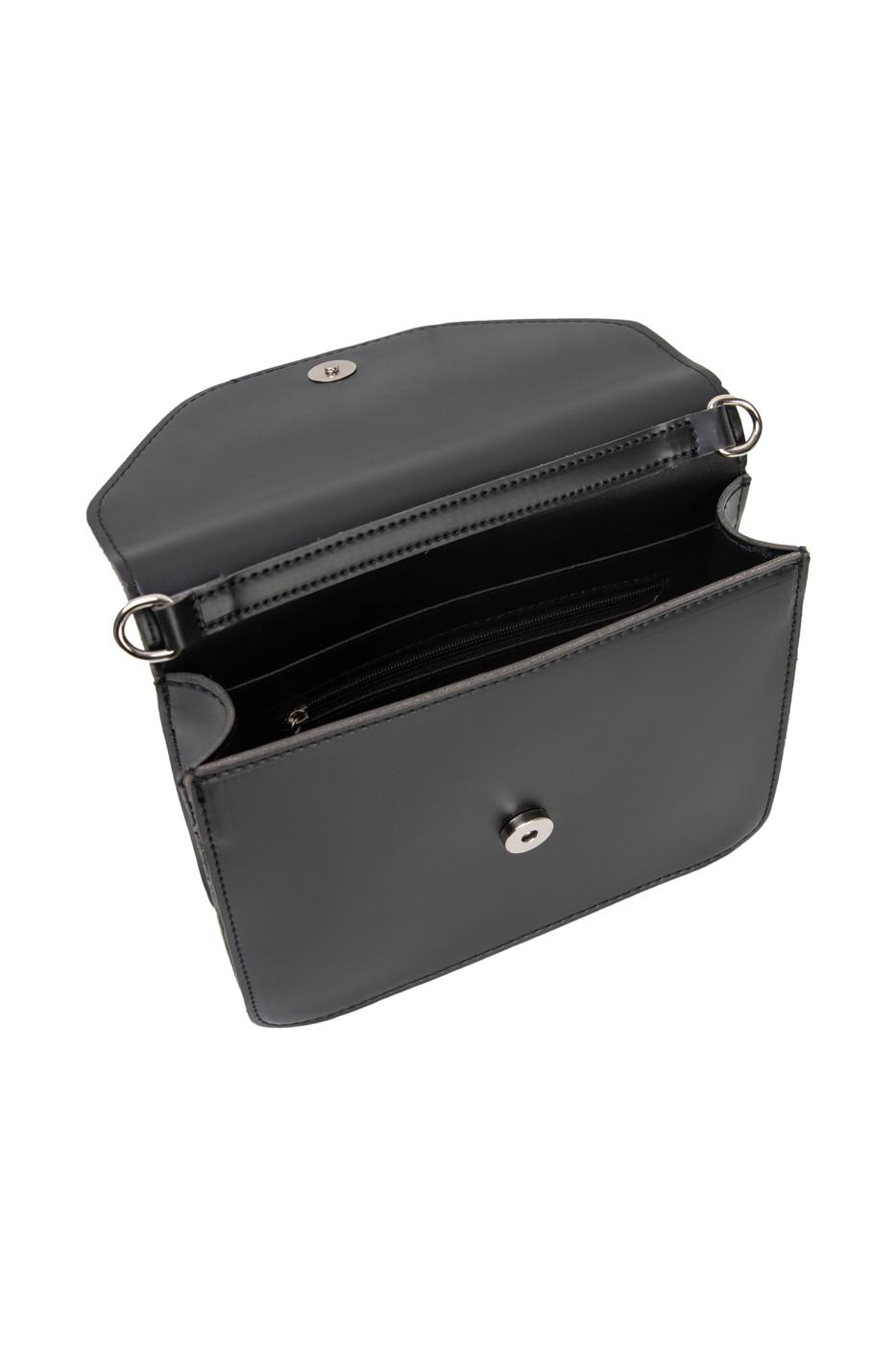 Vivid letter square shoulder bag