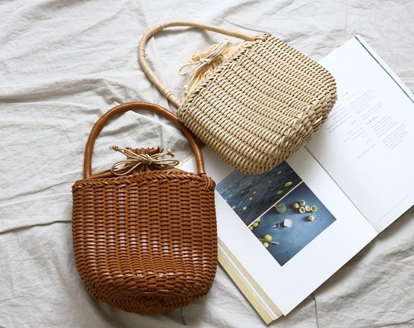 Achuca leather cylindrical bucket bag