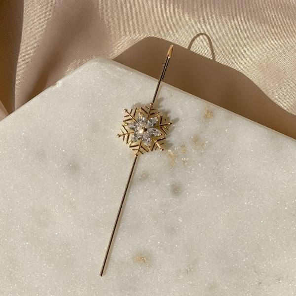 Snowflower Snowflower Crawler Hook Earrings 耳環