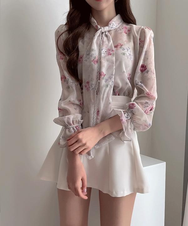 Watercolor flower tie blouse 3color