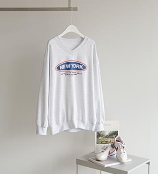 V - V-Neck New York Sweatshirt #108876