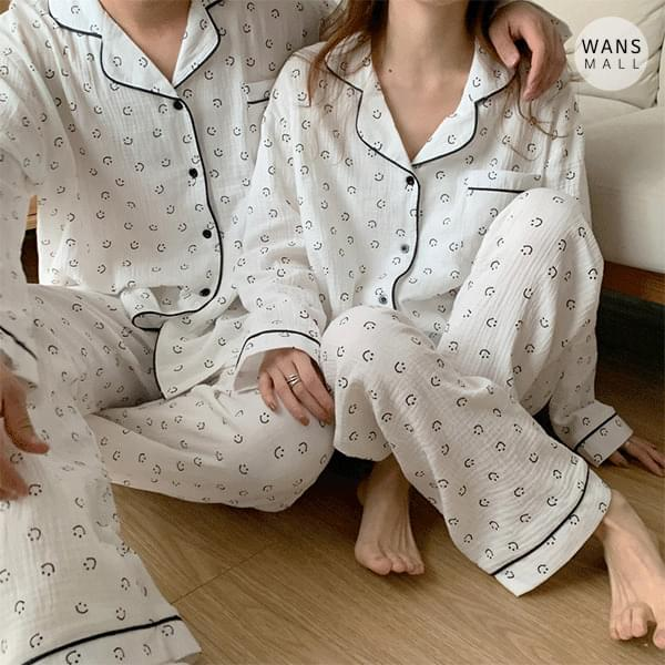 ho3660 Smiley Face Couple Pajama Set