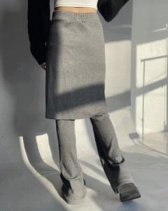 Knitwear layered skirt trousers