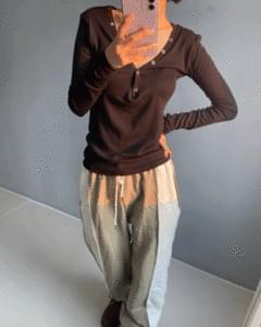 Color matching banding jogger pants