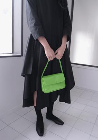 enamel square shoulder bag