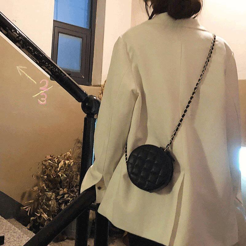 Mini one chain crossbody bag 肩背包