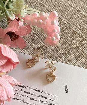 Vesimon gold earrings 耳環