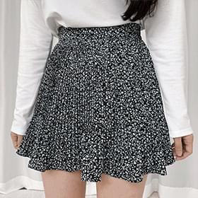 More flower short pleated skirt