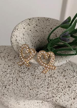 Linti pearl heart earrings 耳环