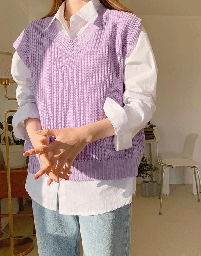 Cheline Abanghachi V-Neck Knitwear Vest
