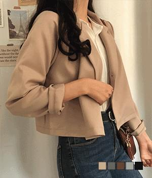 Easy one-button cropped short jacket jacket