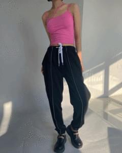 Stitch banding jogger pants