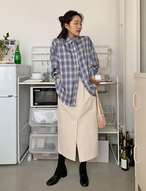 Mild Pintuck Banding Long Skirt skirt