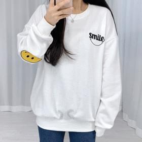Smile Patch Boxy Sweatshirt