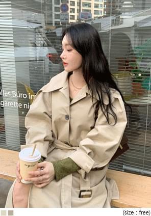 壓褶澎袖單排釦長版大衣