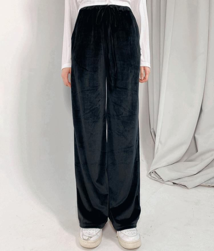 Velvety Ribbed Pants
