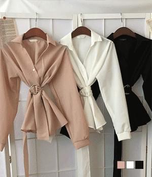 O-ring collar flared blouse