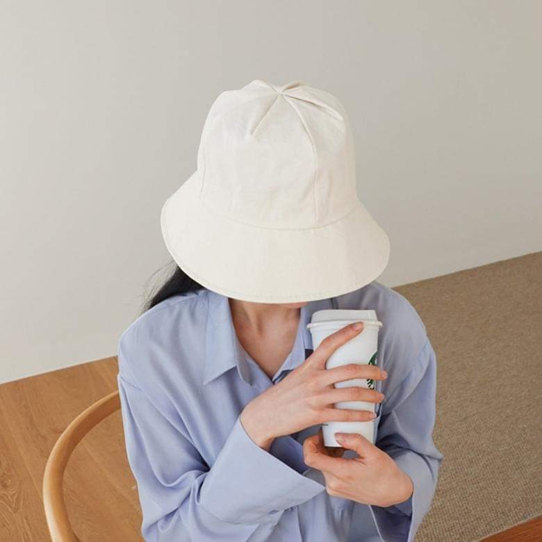 Uno cotton-coloured bucket hat 帽子