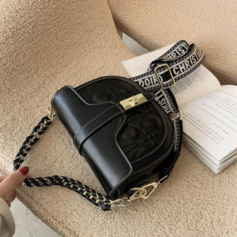 Shell Semicircle Retro Chain Shoulder Bag