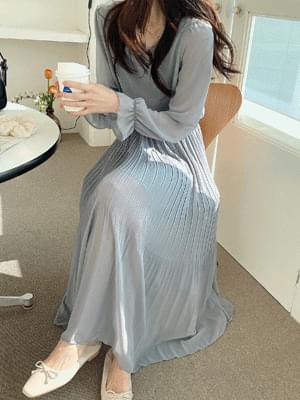 Sky Chiffon Pleat Dress
