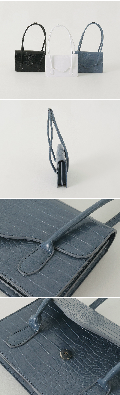 Flat crocodile shoulder bag