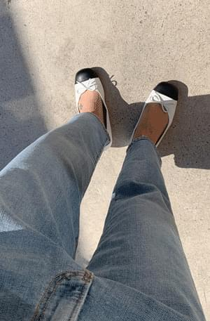 Coco two tone flat shoes