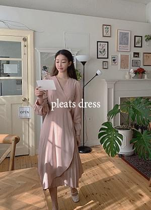 韓國空運 - Floriben Unfoot Pleats V-Neck Long Dress 長洋裝
