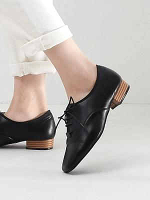 Isshu 3-neck lace-up loafers 5323